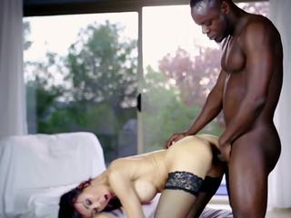 Hot MILF and Her Younger Lover 634, Free Porn 57