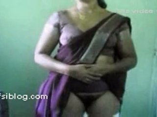 Lifting Her Saree