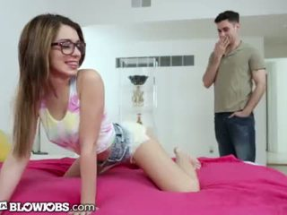 OnlyTeenBlowjob Twerking Her Way To Her Sister's Boyfriend's Cock