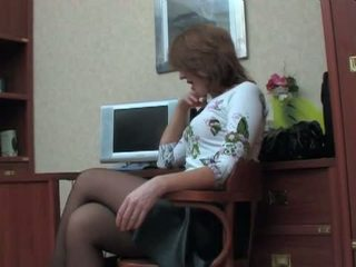 RUSSIAN MATURE BRIDGET 44