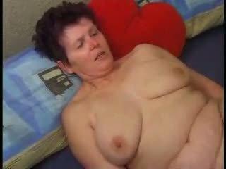 Wake up and Cum: Free Mature Porn Video 6a