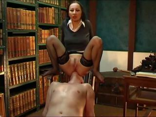 Goth Mistress Facesits in Stockings, Free Porn b8