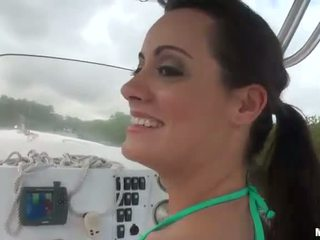Big butt Mandy Haze anal try out on the boat