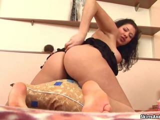 Let Me Lift up My Skirts and Shake My Ass for You: Porn 61