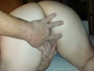 Fingerfucking A Horny BBW In The Butthole