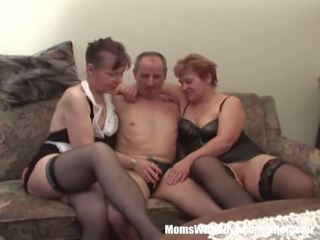 Two Grannies in Threesome Vege Fucking, Porn c9
